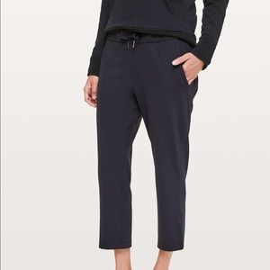 Lululemon On The Fly Cropped Pants